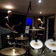 Groupe de heavy metal de Liège recherche un guitariste lead/rythmique